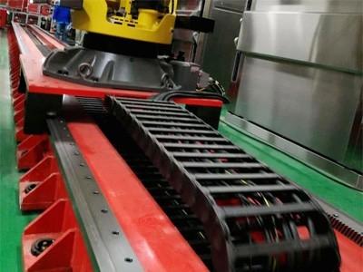 定制机器人行走轴 地轨滑台 机器人第七轴外部轴
